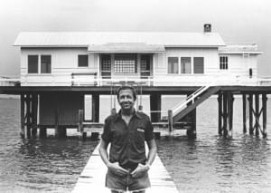 Robert Rauschenberg in front of the Fish House, Captiva, Florida, 1979. Photo- Terry Van Brunt.